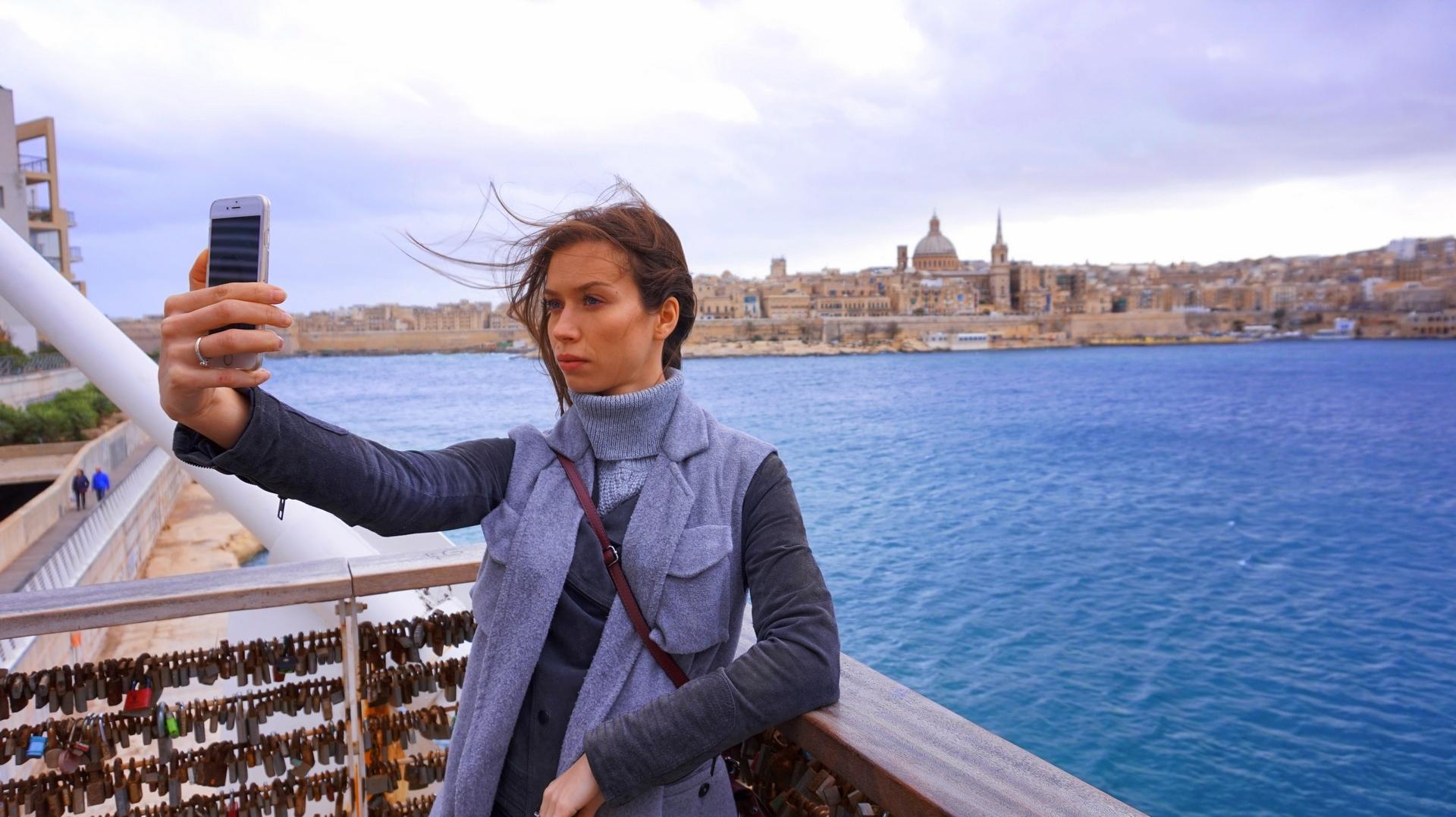 sway the way malta sliema valletta selfie